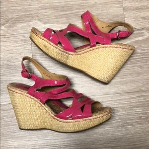 Pink wedge from Born Concept